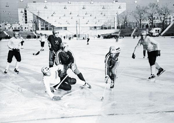 1 декабря 1974 года. «Локомотив» – «Динамо» (Москва) – 0:5.  Иркутяне зарабатывают право на подачу углового