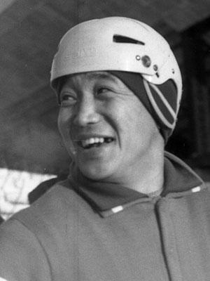 Игорь Хандаев