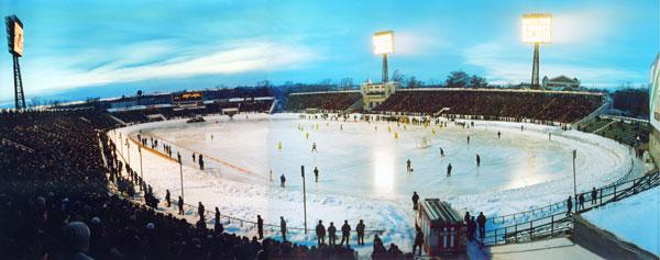 2 марта 1999 года. Полуфинал «Сибскана» – «Водник». Аншлаг на трибунах стадиона «Труд»