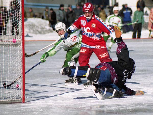 2 марта 2003 года. «Сибскана-Энергия» – «Старт» – 6:3.  Константин Савченко устанавливает окончательный результат