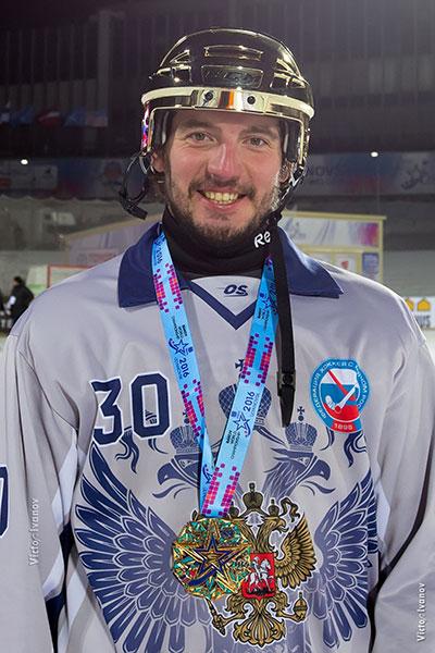 С чемпионата мира в Ульяновске Денис Рысев вернулся   с третьей в своей карьере золотой медалью